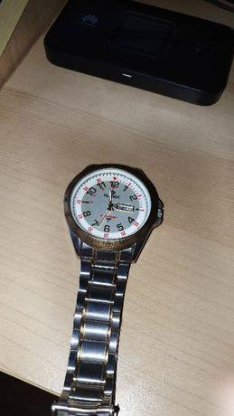 Sprzedam zegarek męski sportowy na branzolecie