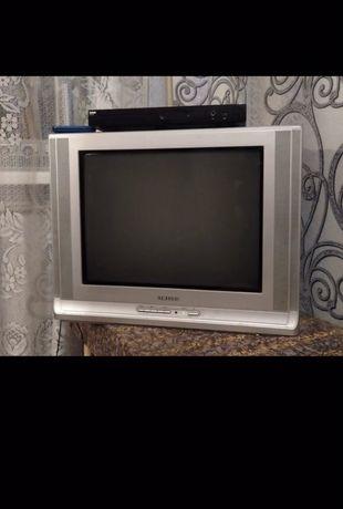 Телевизор 2000р торг