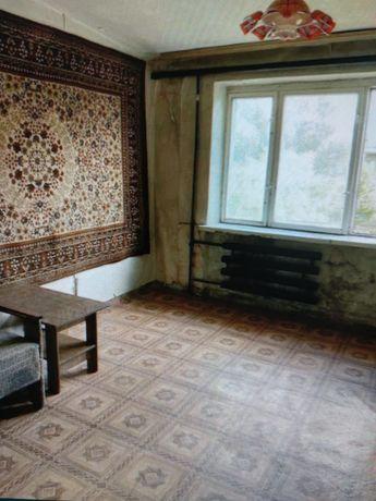 Продам 1 комнатную гостиного типа пр.Металл. парк Гурова