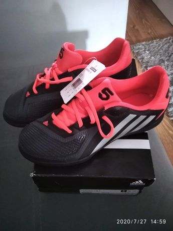 Adidas 38 nowe buty z USA do piłki torfy