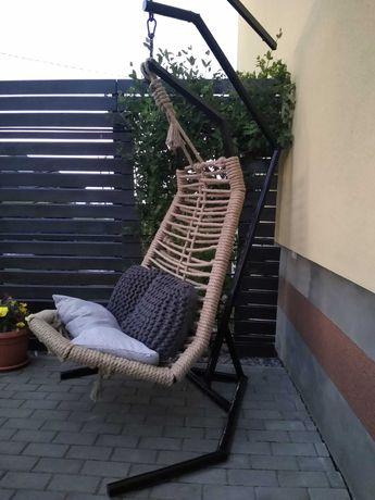 Fotel wiszący kokon huśtawka bujak