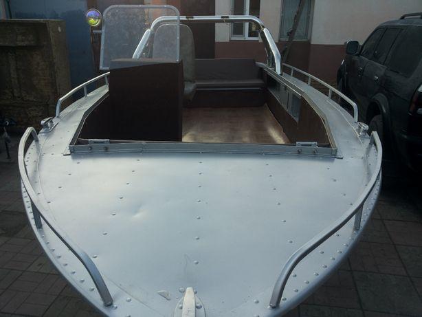 лодка Прогресс --2М