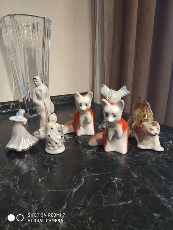 Продам фарфоровые статуэтки