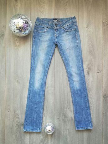 Spodnie jeansowe jeansy niebieskie bershka