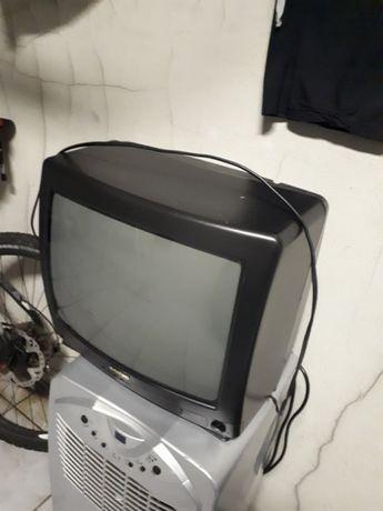 Televisão Sanyo Cores