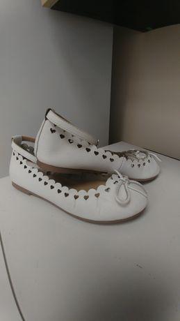 Туфли для девочки Bata