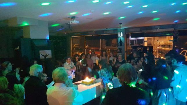 Karaoke e DJ para festas