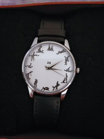 Оригинальные новые часы) в подарочной упаковке