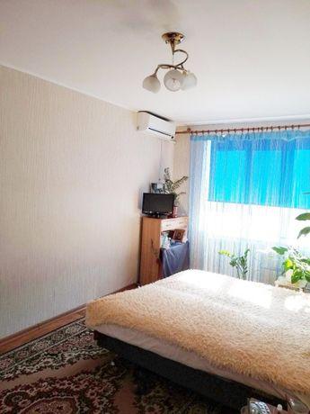 Комната на Затонского