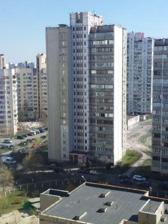 Сдам свою однокомнатную квартиру м.Харьковская