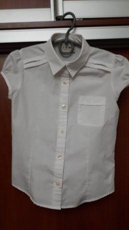 Блузка школьная белого цвета для девочки 8лет фирмы НіМ почти новая
