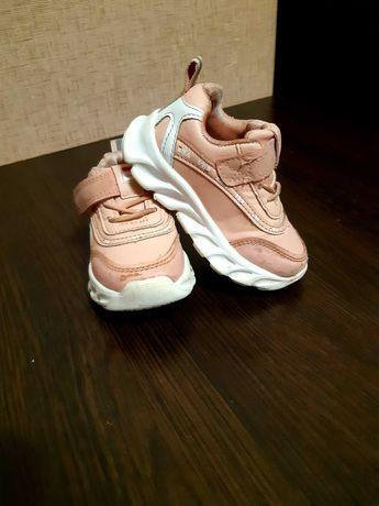 Кроссовки на весну для девочки. 14см Кросівки. Обувь детская.