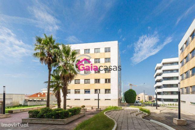 Apartamento T4 com 2 suites 2 lugares de garagem a 500m do METRO Gaia