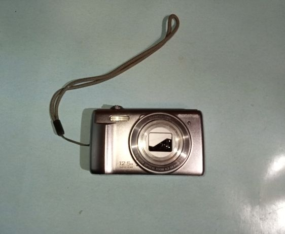 Фотоапарат Olympus D-760. На запчасти.