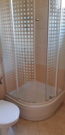 Kabina prysznicowa z brodzikiem, szafka  kompletna