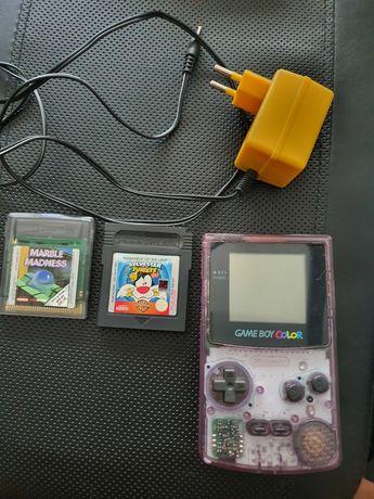 Game boy color com transformador e 2 jogos
