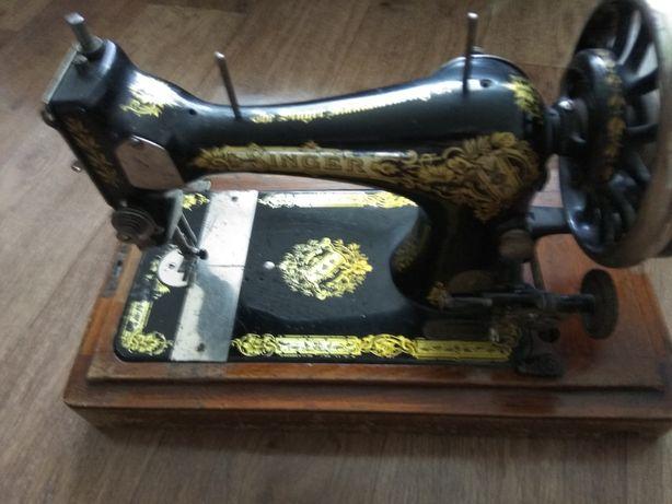 Швейная машинка конца 18 века.Сингер.работает
