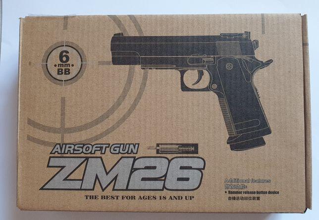 Страйкбольный пистолет ZM26