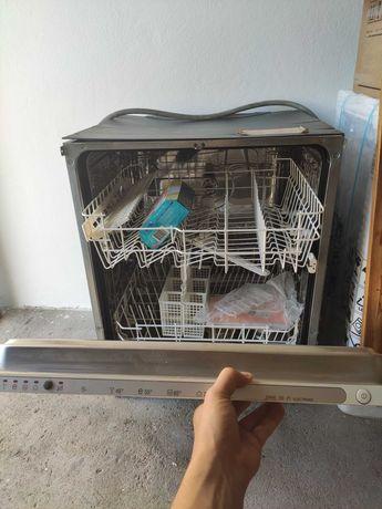 Maquina de Lavar Loiça de encastrar ( maq louça encastre )