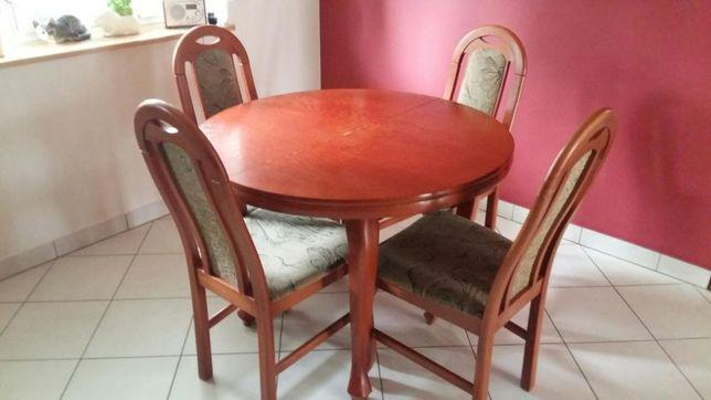 Stół z 4 krzesłami