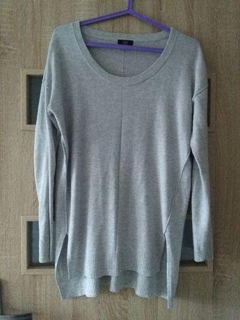 Sweter sweterek służył takze jako ciążowy rozmiar duże S