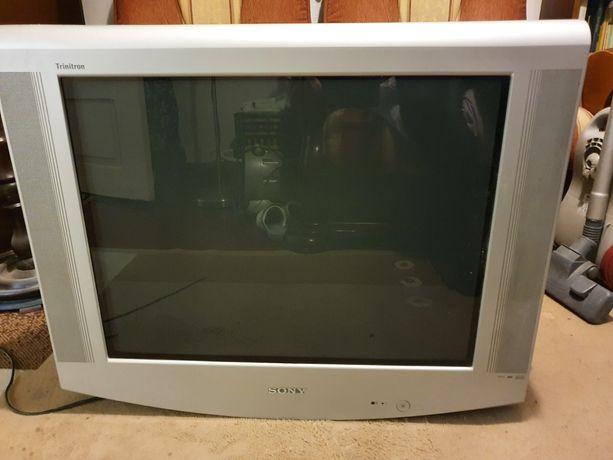 Oddam za darmo telewizor marki Sony