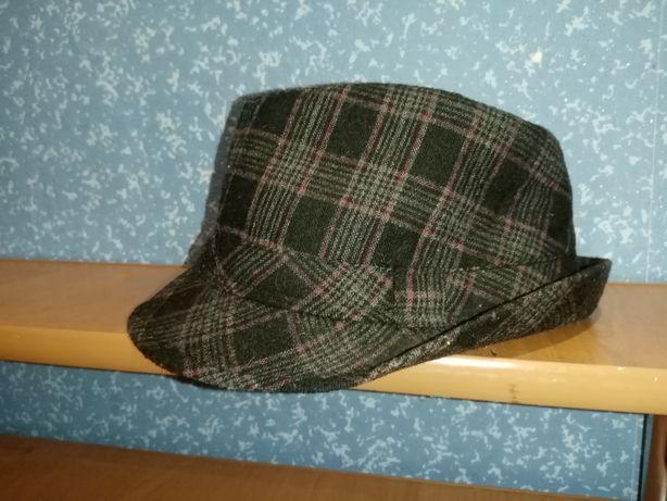 Шляпка женская.   .