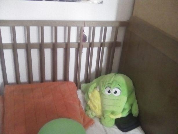 Cama de bebê /criança