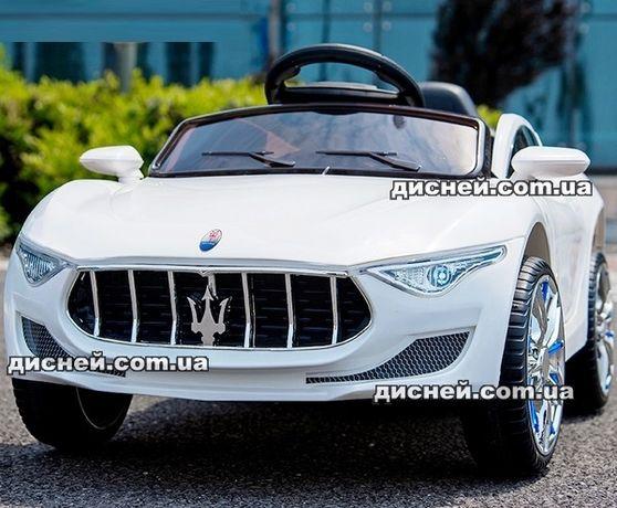 Детский электромобиль Maserati 7637 белый Дитячий електромобiль