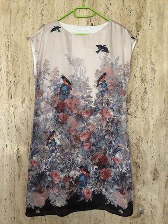 elegancka sukienka wizytowa wieczorowa z wzorem w kwiaty