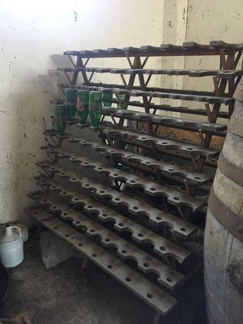 Escorredor de garrafas antigo
