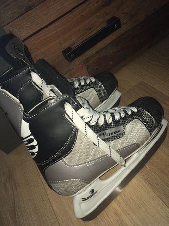 Łyżwy hokejowe czarne