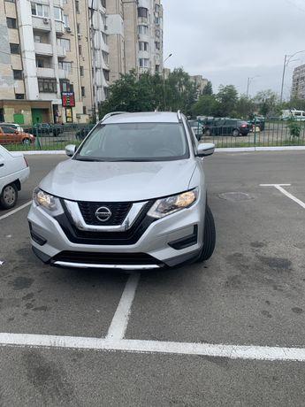Nissan Rogue продам
