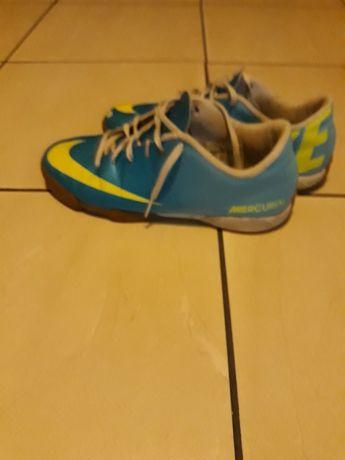 Buty Nike halówki