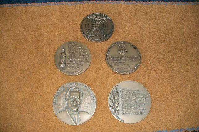 Vendo 5 cinco bronzes de colecção