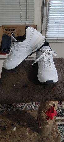 Кроссовки New Balance 574 ML574DTA белые, оригинал.