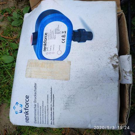 Электронный контроллер давления воды