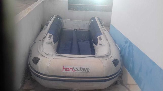 Barco inflavel  com fundo em alumínio e motor 25hp