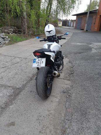 Мотоцикл Honda hornet
