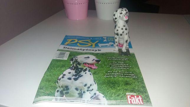 Psy figurki i książeczka z plakatem