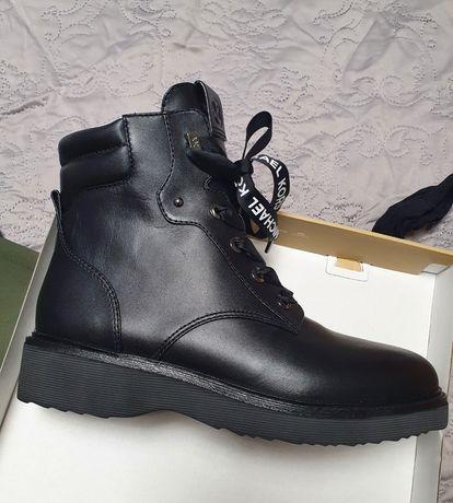 Michael Kors черевики нові , шкіра