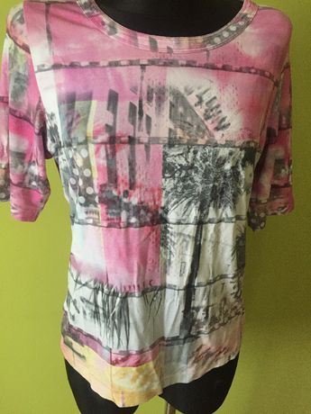 Ładna różowa bluzka