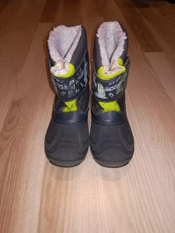 Kozaki śniegowce buty zimowe, świecące podeszwy Lasocki Geox
