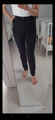 Monki spodnie L jeansy czarne