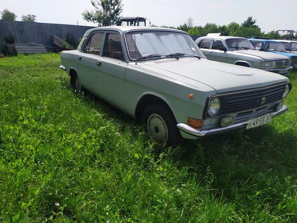 Автомобіль Волга
