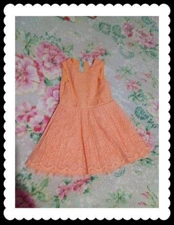 Гипюровое платье для девочки размер 104.