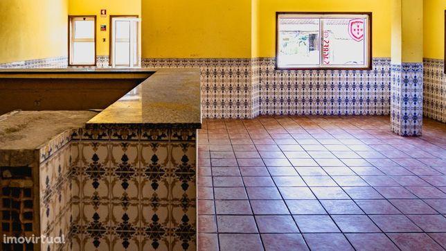 Loja com Licença para Serviços de Restauração ou Bebidas, Murtosa