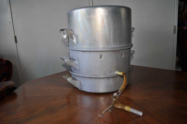 Sokownik - parowar, garnek do wytwarzania soku przy użyciu pary