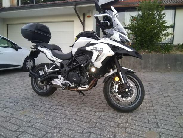 Benelli TRK 502 de 2021
