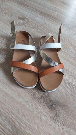 Sandały damskie paseczki